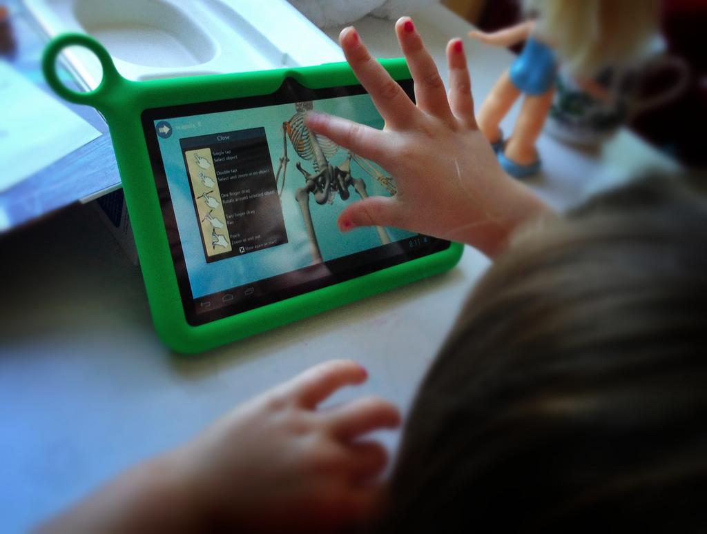 Dijital Çağda Çocukların Hayatı Araştırıldı