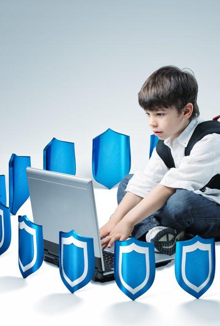 Çocuklar İçin Güvenli İnternet